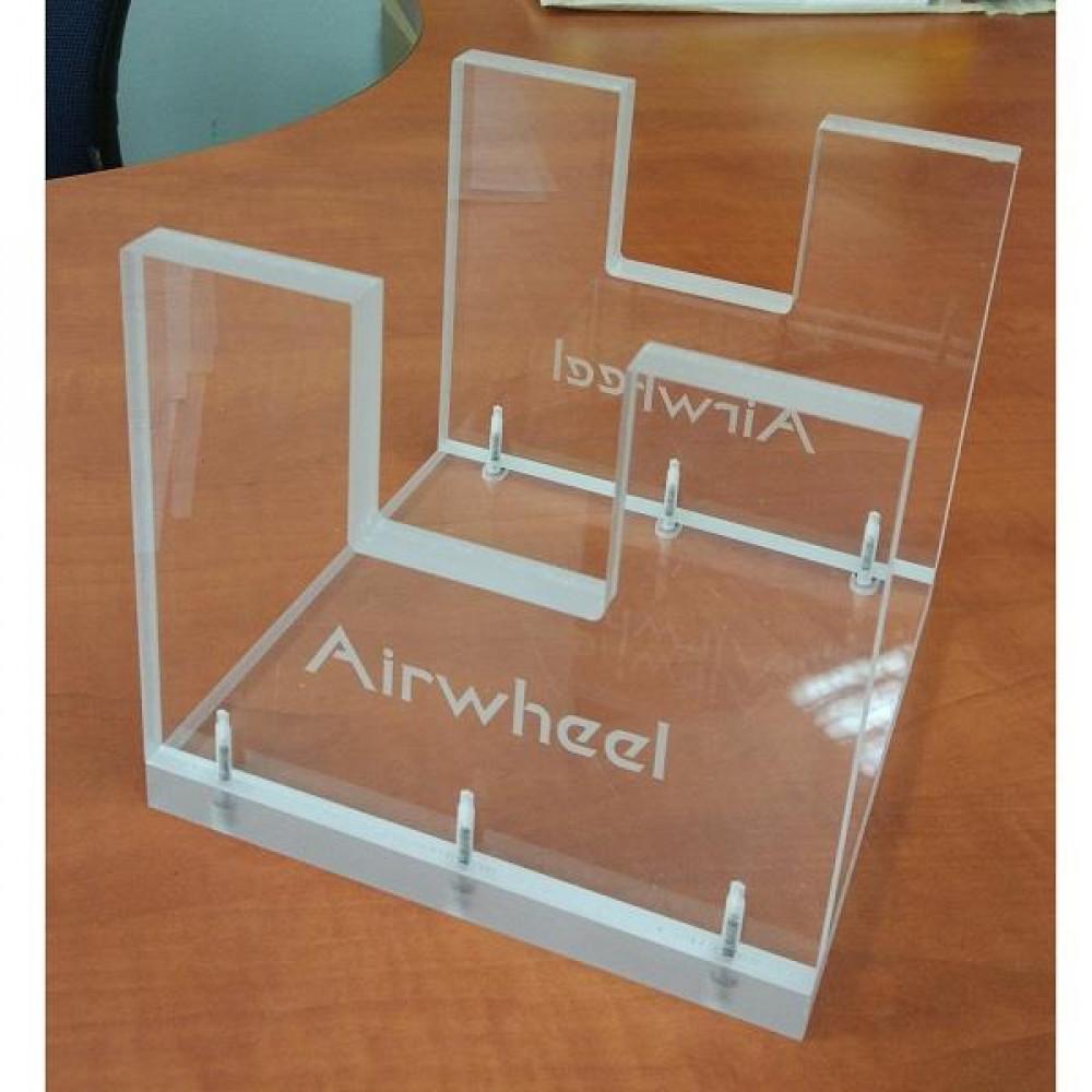 Акриловий демонстраційний стенд Airwheel для моноколеса